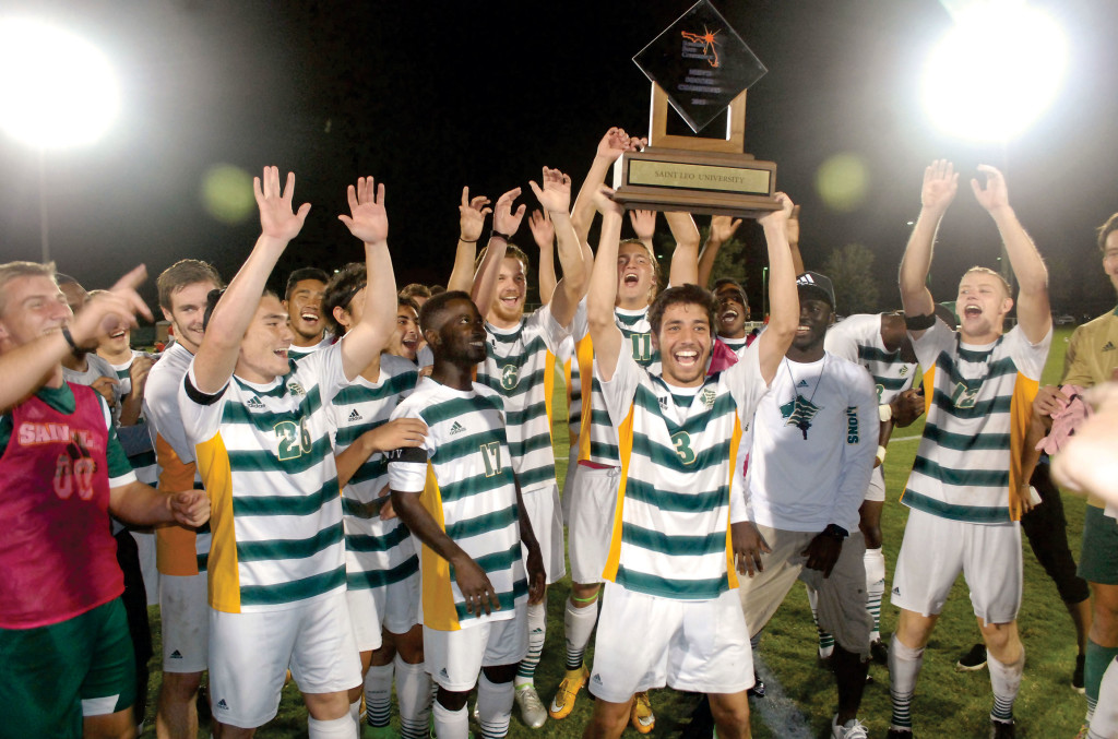 Saint-Leo_MSOC-SSC-champ-trophy_2735